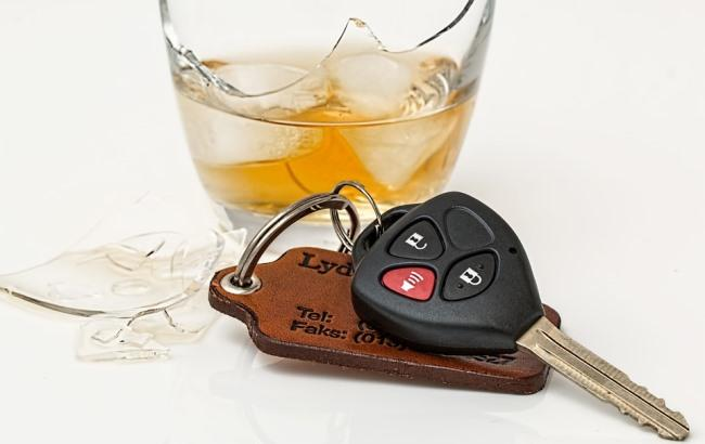 Фото: П'яний водій (pixabay.com/ru/users/stevepb)