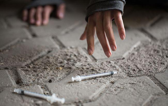 Под Харьковом от отравления наркотиками умер подросток