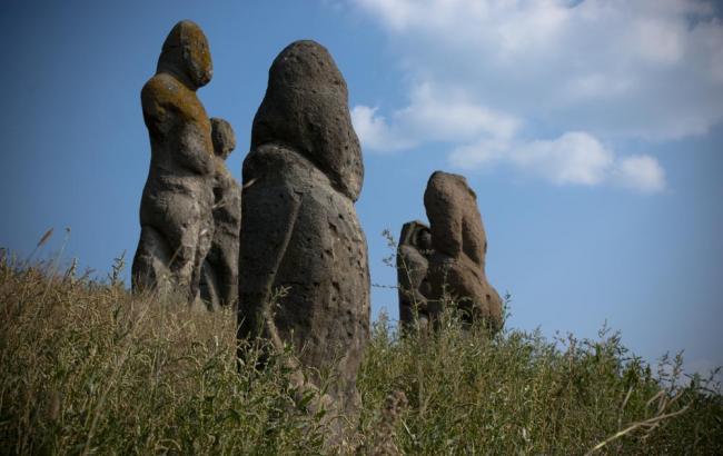 Фото: Каменные бабы
