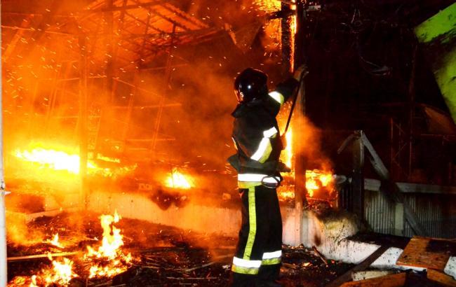Фото: ліквідація пожежі в одеському ресторані (прес-центр ДСНС)