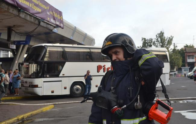 Пожар охватил сооружение Центрального автовокзала вОдессе