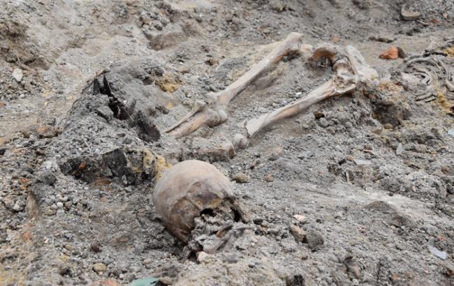 Біля луцького монастиря виявили масове поховання жертв НКВС