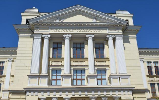 Скандал в Одесском медуниверситете: в Раде просят президента о помощи от рейдеров