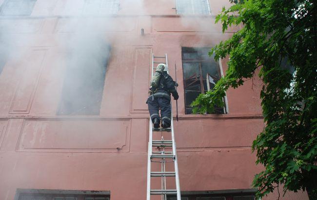 Фото: ликвидация пожара в психбольнице