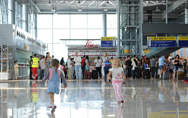 "Фото: международный аэропорт ""Харьков"" (hrk.aero)"
