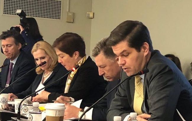 США выступают за размещение миссии ООН на Донбассе