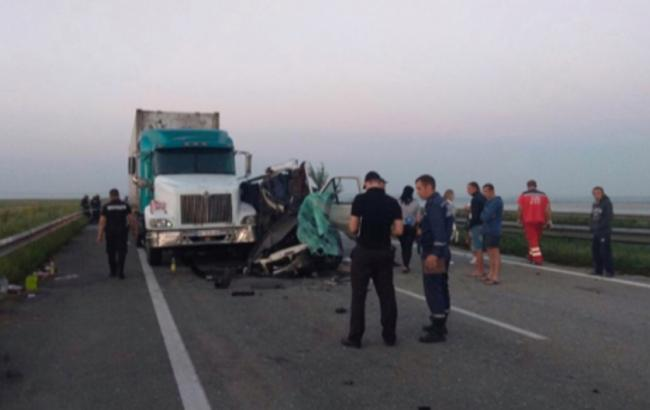 Смертельное ДТП в Николаевской области: суд отправил под домашний арест водителя грузовика
