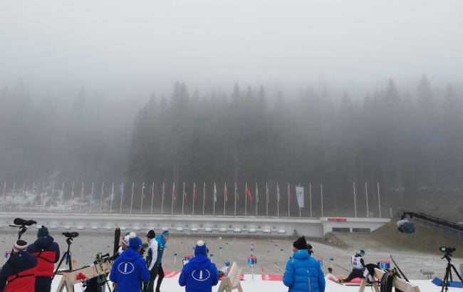 Першу індивідуальну гонку сезону в біатлоні перенесли через погоду