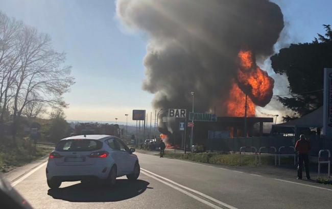В Италии произошел взрыв на автомобильной заправке, пострадали 12 человек