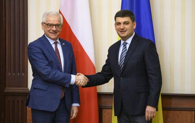 Гройсман и Чапутович обсудили ужесточение санкций против РФ