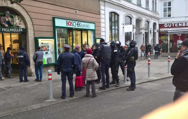У центрі Відня в результаті стрілянини загинула людина