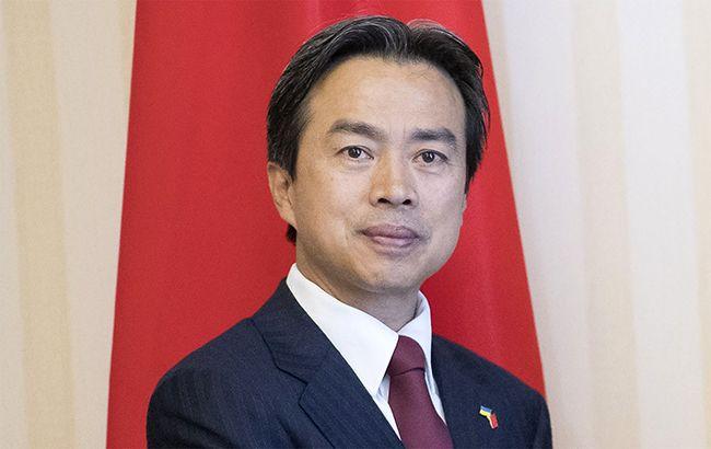 Фото: посол Китая в Украине Ду Вэй (kmu.gov.ua)