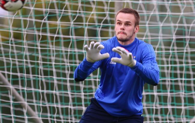 «Динамо» отправило украинского вратаря в«Депортиво»