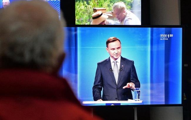 Президент Польши подписал скандальный закон о СМИ