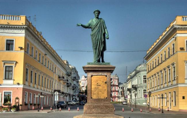 Фото: Візиткою Одеси тепер є не Дюк, а захмарні ціни (facebook.com)