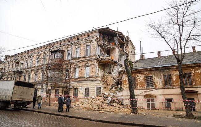 В Одесі обвалилася частина старовинного будинку