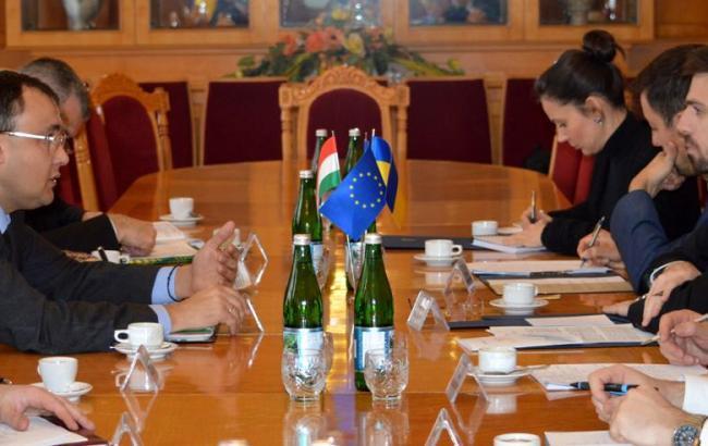 ВВенгрии сообщили, что Украина не исполняет рекомендации Венецианской комиссии