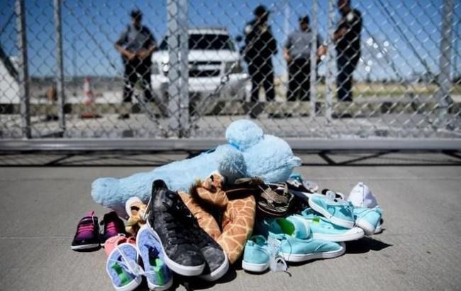 В центре размещения нелегальных мигрантов в США умер ребенок