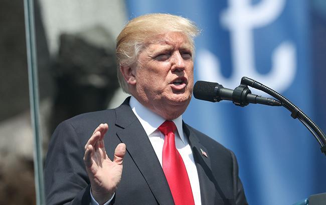 Трамп підписав закон про санкції США проти Росії, - Bloomberg