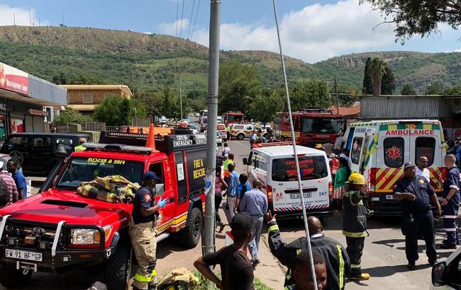 У ПАР зіткнулися потяги: 200 людей постраждали, є загиблі