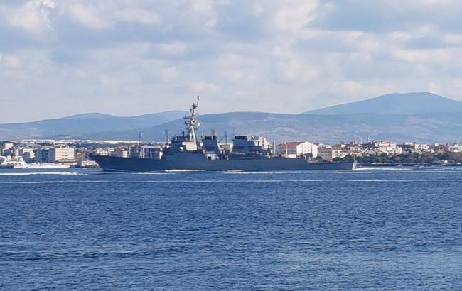 В Черное море направляется ракетный эсминец ВМС США