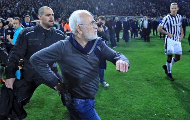 Чемпионат Греции приостановлен из-за инцидента с президентом ПАОКа