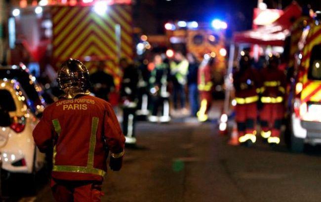У Парижі горить багатоповерховий будинок, є жертви