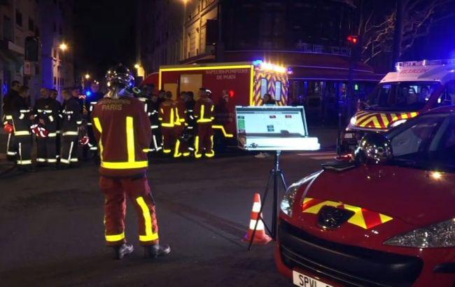 Число жертв пожара в жилом доме Парижа выросло