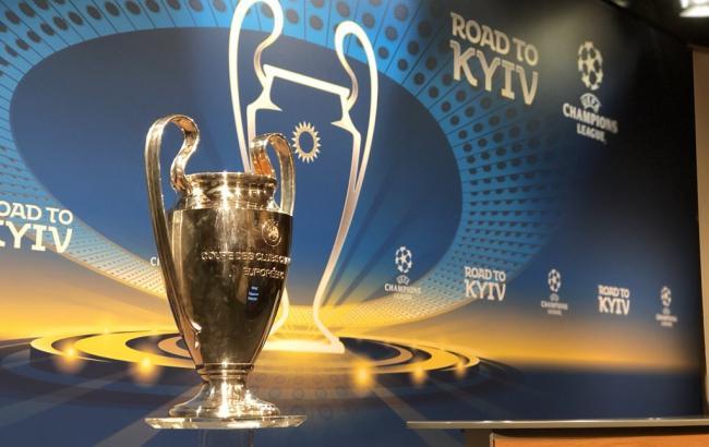 УЕФА позволил четвертую замену идозаявку игроков веврокубках