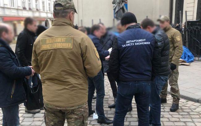 Правоохоронці проводять обшуки у Львівській мерії