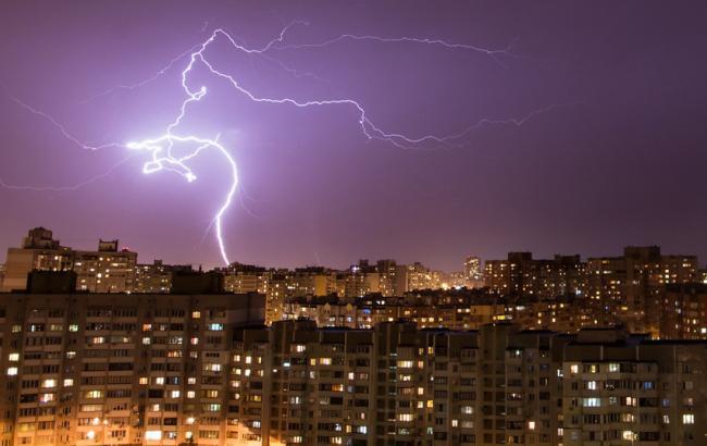 Фото: в Киеве ожидается гроза