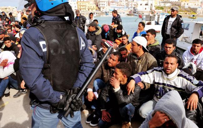 Беженцы устроили беспорядки на греческом острове Самос