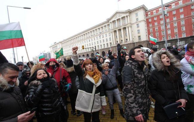 В Болгарии работники кафе и ресторанов протестуют против локдауна из-за коронавируса