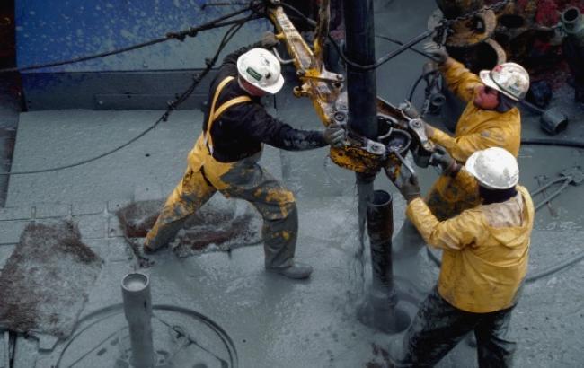 Стоимость нефти марки Brent превысила 62 долл./баррель