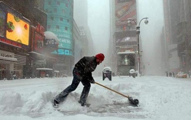 Фото: снігова буря у США