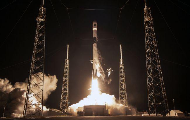 SpaceX выведет на орбиту новую группу спутников Starlink: известна дата запуска ракеты