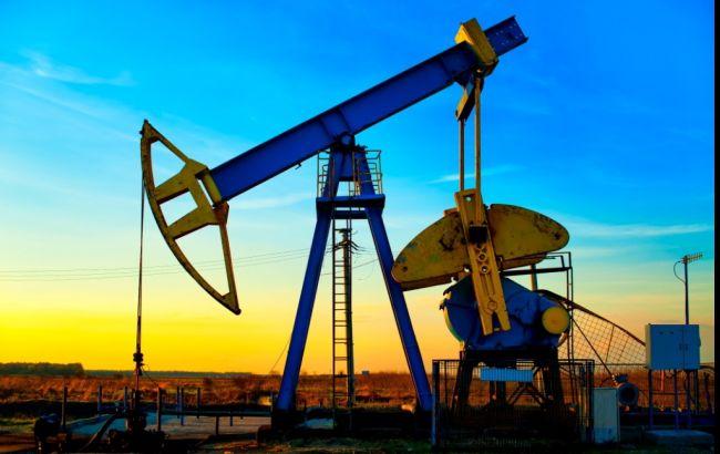 Цены нанефть растут: стоимость Brent поднялась до $55,4