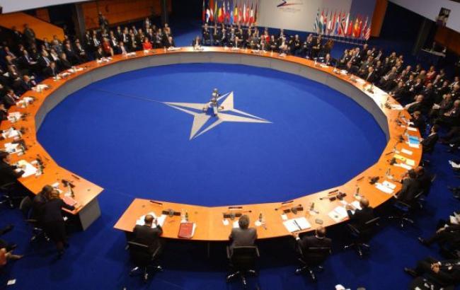 В НАТО заявили, что российские военные остаются на Донбассе и на границе с Украиной