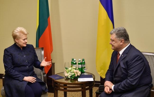 Порошенко встретился с Грибаускайте в Харькове