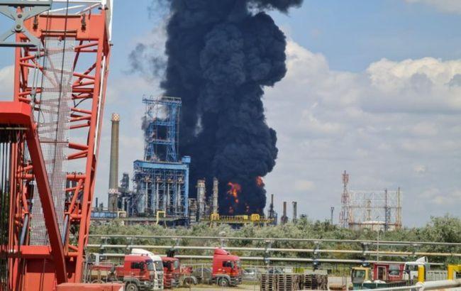 Момент вибуху на румунському НПЗ потрапив на відео