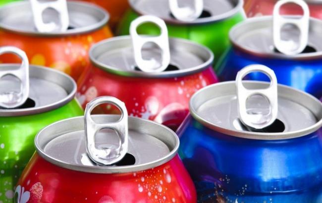 Фото: Енергетичні напої (delfi.lt)