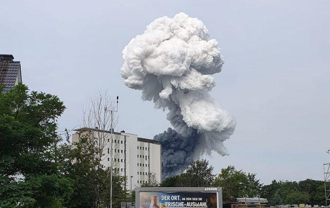 На химзаводе в Германии произошел мощный взрыв