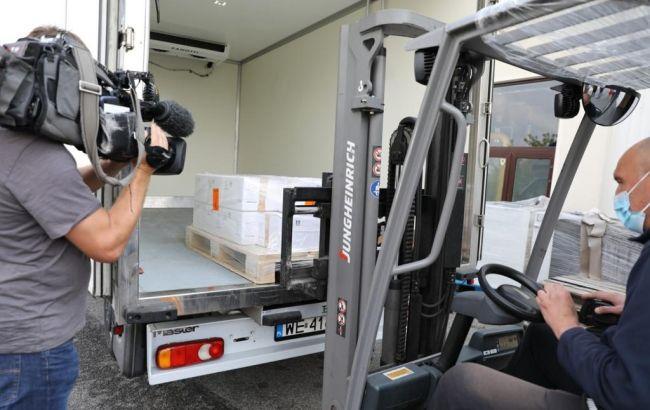 Латвия отправила COVID-вакцины ряду стран, на очереди Украина