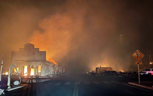 В американском штате Калифорния пожары уничтожили городГринвилл