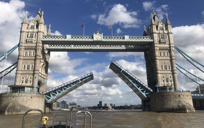 У Лондоні зламався Тауерський міст: столицю Британії скували затори