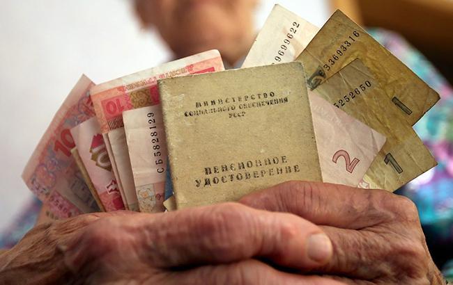 Пенсії в Україні: хто отримає надбавку в грудні