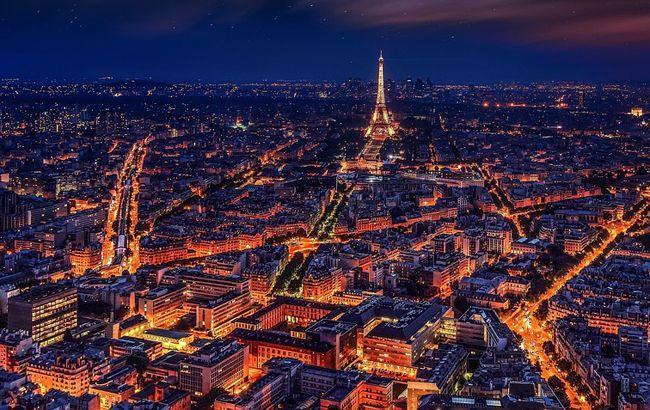 Влюбленным в другую сторону: Париж потерял статус самого романтического города