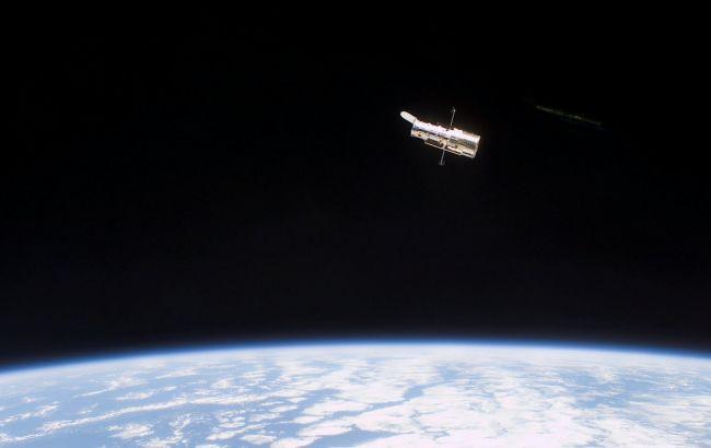 Hubble продемонстрировал шарообразное скопление звезд в созвездии Стрелец: яркое фото