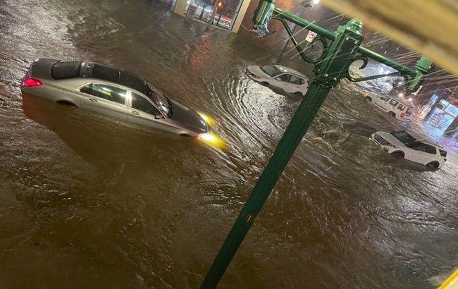 """Ураган """"Ида"""" вызвал разрушительные ливни в Нью-Йорке: не менее 40 человек погибли"""