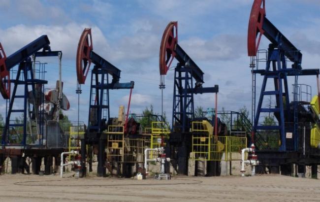 Ціна нафти марки Brent впала нижче 77 дол. за барель